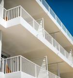 architecture-outside-balcony-terrace-hotel-les-roches-rouges-beaumier-saint-raphael