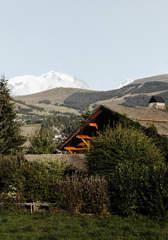 chalet-design-mountain-summer-mont-blanc-alps-alpaga-beaumier-megeve