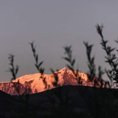 summer-mountain-mont-blanc-sunset-hotel-alpaga-beaumier-megeve