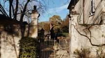 villa-bastide-garden-quaint-luberon-provence-galinier-beaumier-lourmarin