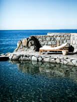 piscine-mer-detente-hotel-les-roches-rouges-beaumier-saint-raphael