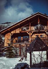 chalet-design-snow-mountain-alps-alpaga-beaumier-megeve