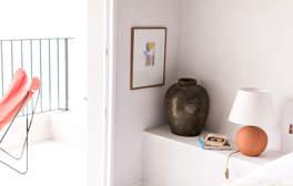 room-suite-balcony-terrace-decoration-hotel-les-roches-rouges-beaumier-saint-raphael