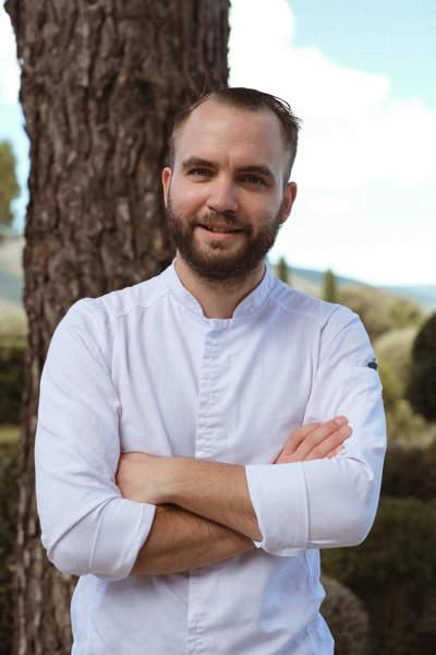 chef-restaurant-bastide-noel-berard-provence-luberon-hotel-capelongue-beaumier-lourmarin
